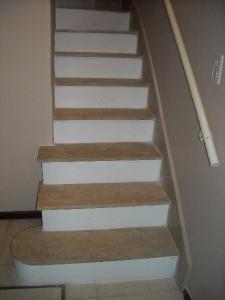 Scaminaci marmolistas blog archive revestimiento escaleras - Revestimiento para escaleras ...